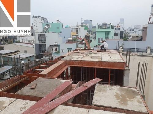 ngo-huynh-lap-van-khuon-dam-san-lau-3-nha-chu-toi (3)