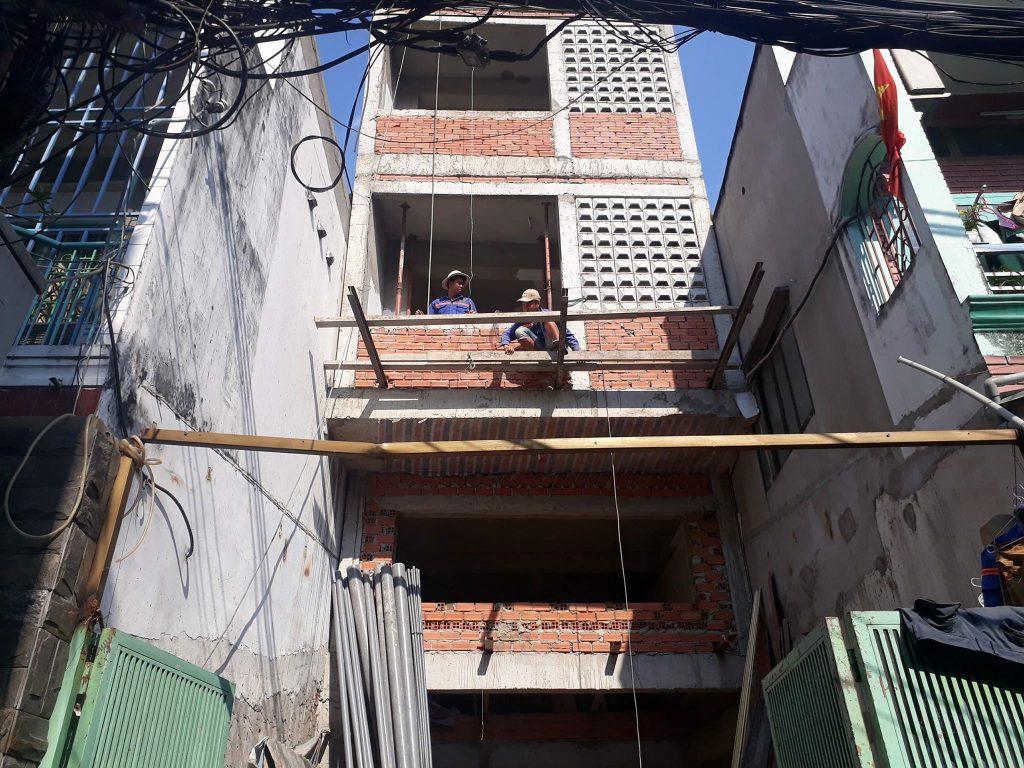 Hoạt động xây nhà ở Bình Thạnh nhà chú Tới