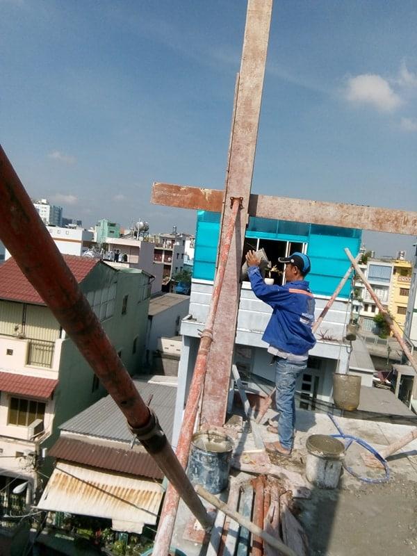 Ngô Huỳnh đổ bê tông cột nhà anh Trường Quận 6 04