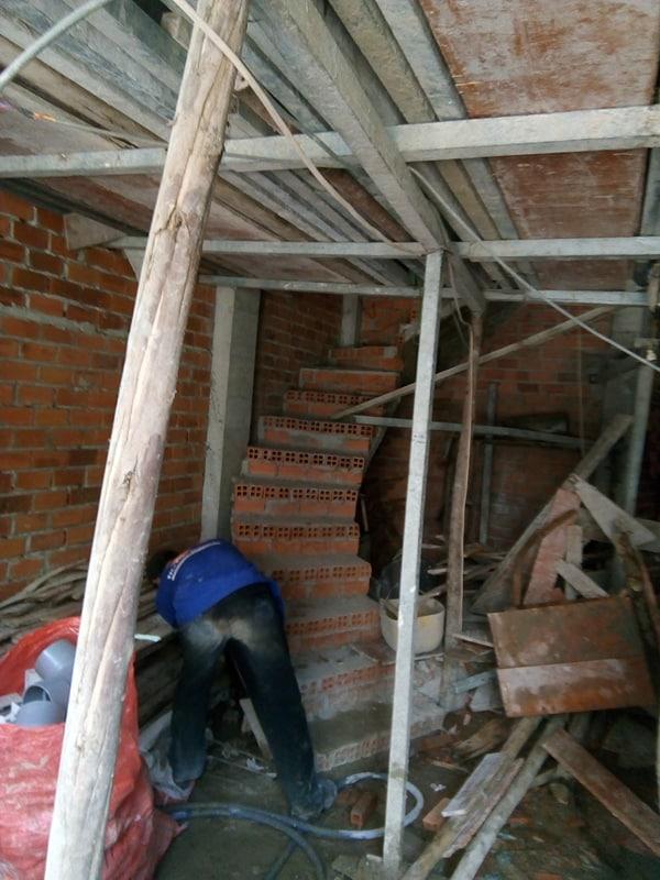XD Ngô Huỳn xây tường nhà anh Trường Quận 6 03